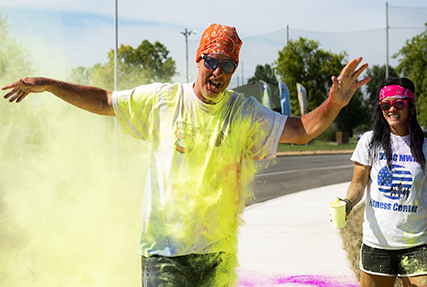 Runners show off splash of color at Powder Blast 5k
